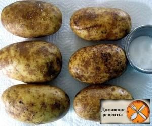 Картофель запеченный с сыром и беконом