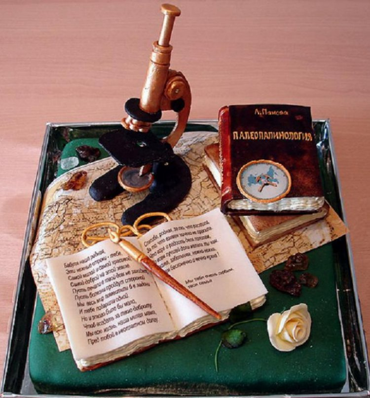 Необычные торты от Жанны Зубовой.