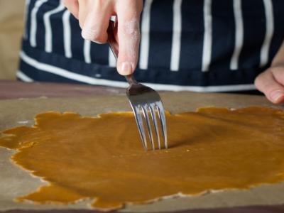 Карамельный медовик с апельсиновым кремом