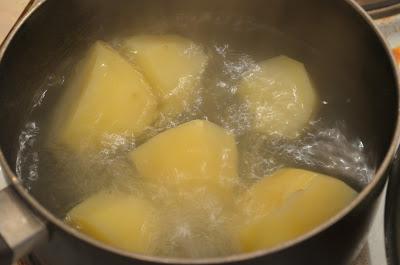 """Горячий """"Наполеон"""" с картофельно-грибным кремом"""