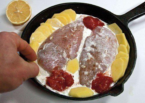 Куриные грудки, запеченные в сливках под сыром