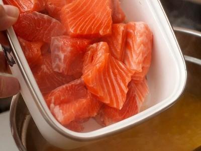 Сливочный суп с лососем (lohikeitto) 8