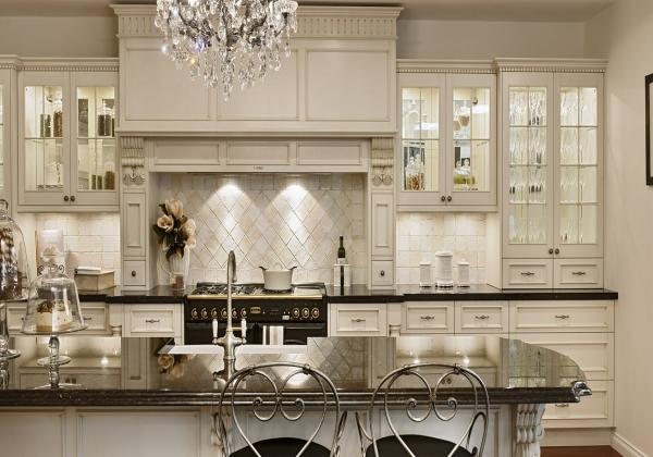 resized - 11_дизайн-кухни-в-классическом-стиле