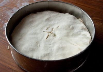 Пирог с мясом и сыром 8