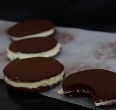 Шоколадные Whoopie со сливками 7